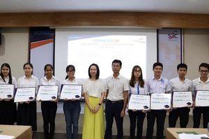 TP.HCM: Trao 100 suất học bổng cho các sinh viên xuất sắc