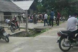 Tuyên Quang: Phát hiện 3 cha con tử vong trong tư thế treo cổ