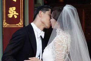 Toàn cảnh hôn lễ của 'chân dài số 1 Đài Loan' Lâm Chí Linh