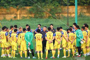 Danh sách tuyển Việt Nam đấu Thái Lan: Thầy Park loại 2 cầu thủ
