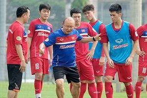 Pak Hang Seo, người lấy lại niềm tin cho bóng đá Việt Nam