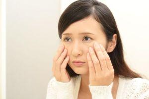 Ngưng dùng mỹ phẩm khi thấy những dấu hiệu này trên da