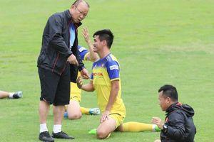 Danh sách ĐT Việt Nam đấu Thái Lan: Thầy Park loại 2 cầu thủ