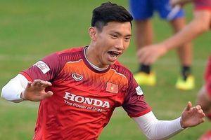Van Bakel: 'Văn Hậu sẽ làm cầu thủ Thái Lan bối rối'