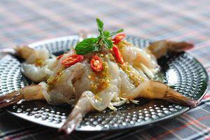 Tôm sống và 5 món ăn dị chỉ có ở Thái Lan
