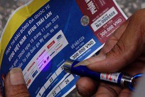 Phát hiện 1.000 vé giả trận Việt Nam - Thái Lan