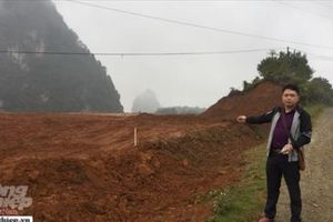 Cao Bằng: Hàng trăm ngàn mét vuông đất lên biên giới bị 'xẻ thịt' trái phép