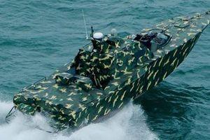 Xuồng cao tốc gắn súng điều khiển tự động của Việt Nam