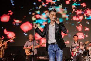 Sự trở lại ấn tượng của thế hệ ca sĩ cũ