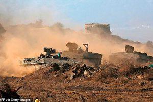Israel chặn 4 rocket từ Syria trước khi bắn đáp trả vào Damascus?