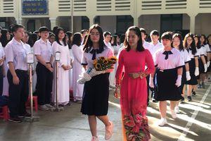 TPHCM: Nhiều trường học, giáo viên nói không với quà tặng ngày 20/11