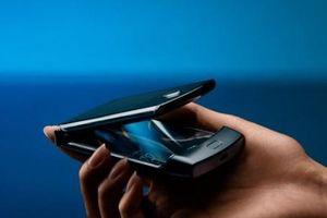 Điện thoại nắp gập Razr giá 1.500$ của Mororola sắp ra mắt, vì sao nên xem xét trước khi mua?