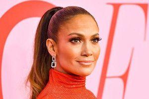 'Hustlers' đại thành công, Jennifer Lopez vẫn không được trả thù lao