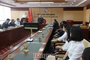Hội nghị ASEM 13: Chu đáo, ấn tượng và hiếu khách của Hải quan Việt Nam