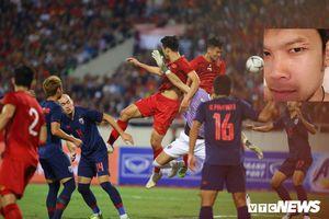Thủ môn Thái Lan khoe vết xước trên mí mắt, ám chỉ tuyển Việt Nam mất bàn thắng không oan