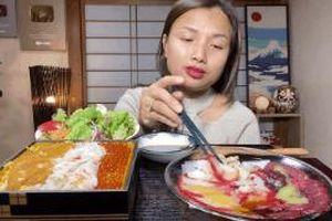 Đăng video ăn thịt cá voi xanh mua ở Nhật khiến dân mạng tranh cãi nảy lửa, Quỳnh Trần JP lên tiếng đáp trả cực gắt