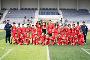 Công Phượng 'lan tỏa tinh thần vô địch' đến các tài năng bóng đá trẻ Việt Nam