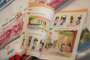 Trong tháng 11 sẽ công bố sách giáo khoa lớp 1 mới