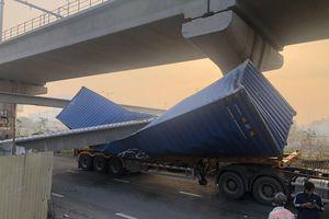Thông tin mới về vụ dầm cầu bê tông đè container ở Thủ Đức