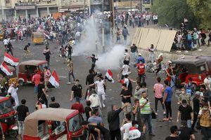 Cảnh sát bắn đạn thật, 3.000 người Iraq tàn tật sau 2 tháng biểu tình