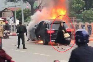 Vụ cháy xe Mercedes: Hình ảnh kinh hoàng đèo chở 'bom' chực nổ ở VN