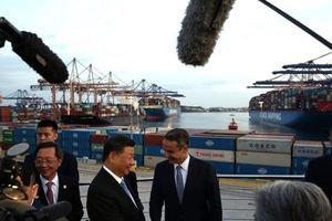 Trung Quốc mua gần hết cảng chính của Hy Lạp làm cửa ngõ cho tham vọng châu Âu