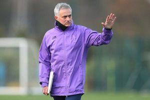 Mourinho không được Tottenham cấp ngân quỹ mua sắm