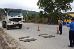 Quảng Ninh: Trạm cân đi đến đâu, xe quá tải trốn tiệt đến đấy!