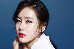 Dàn nữ chính U40 không hẹn mà gặp cùng khoe sắc rực rỡ trên màn ảnh Hàn Quốc 2019