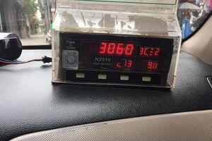 Đuổi việc tài xế taxi sau vụ 'chặt chém' khách Tây 3 triệu cho quãng đường 17km