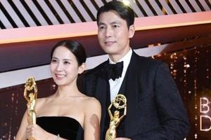 'Ký sinh trùng' thắng 5 giải lớn tại 'Oscar Hàn Quốc'