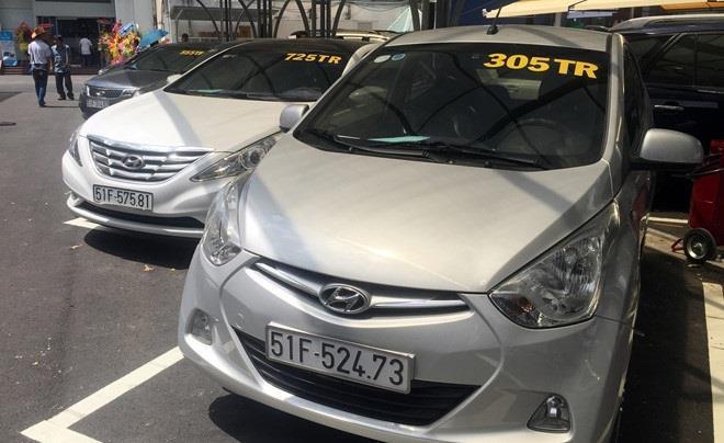 Toyota Camry, Hyundai Santafe, Honda Civic được thanh lý giá rẻ