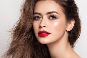Nhan sắc nữ nghị sĩ trẻ nhất Belarus từng lọt top 5 Hoa hậu Thế giới
