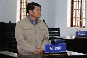 Nguyên Phó chủ tịch huyện lấn chiếm đất rừng rồi nhờ người khác đứng tên