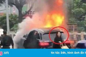 Tạm giữ hình sự nữ tài xế Mercedes tông liên hoàn