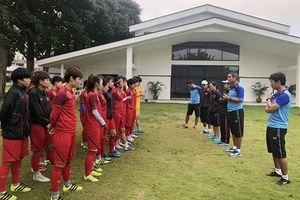 Đội tuyển nữ quốc gia đối mặt với khó khăn tại Philippines