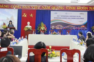 3 Đại học quốc tế tổ chức hội thảo về Luật và Kinh doanh quốc tế