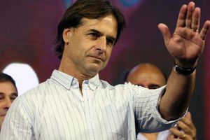 Uruguay: Ứng viên trung hữu có ưu thế trước bầu cử tổng thống vòng 2