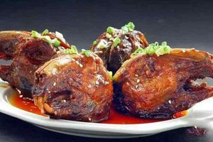 Rùng mình với món đầu thỏ sốt cay kinh dị của Tứ Xuyên, Trung Quốc