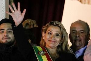 Tổng thống lâm thời Bolivia bác bỏ ý định của Thượng viện ân xá cho ông Morales