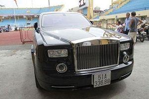 4 đại gia Việt sở hữu một loại siêu xe cùng gặp vận đen