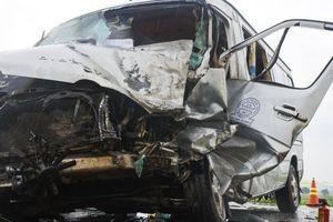 Container tông kinh hoàng xe khách ở Quảng Ngãi: Các nạn nhân đều là nhà sư