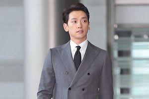 Bi Rain và Kwon Sang Woo nổi bật trên thảm đỏ