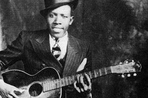 Huyền thoại nhạc blues Robert Johnson bị đồn bán linh hồn cho quỷ dữ