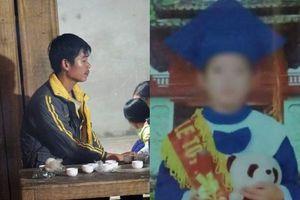 Người cha chết lặng, nghẹn ngào trong đám tang con trai 6 tuổi bị mẹ kế sát hại, phi tang ngoài vườn mía