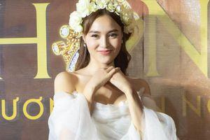 Cập nhật từ họp báo: Hình ảnh Ninh Dương Lan Ngọc xinh đẹp trong ngày debut làm ca sĩ