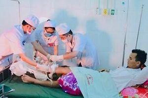 Phẫu thuật nối ghép thành công cho bệnh nhân bị đứt bàn chân