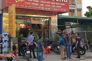 Bắt 3 nghi phạm cướp tiệm vàng tại Hóc Môn thu giữ 3 khẩu súng