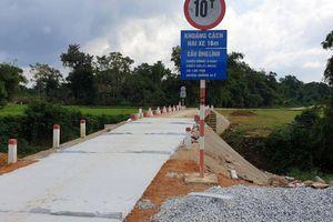 Cầu Lramp bị hư hỏng do mưa lũ, doanh nghiệp tự ứng tiền sửa chữa