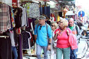 Quản lý căn hộ có phòng cho khách du lịch thuê: Siết chặt để tránh hậu quả